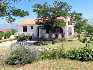 3 bedroom Villa in Razanac, Zadarska Zupanija, Croatia : ref 5638307
