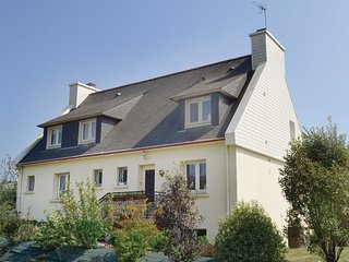 3 bedroom Apartment in Lanriec, Brittany, France : ref 5522001
