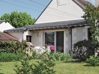 2 bedroom Villa in Francueil, Centre, France : ref 5539133