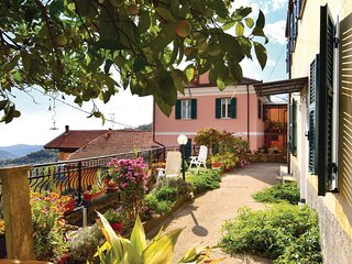 3 bedroom Villa in Pantasina, Liguria, Italy : ref 5541169