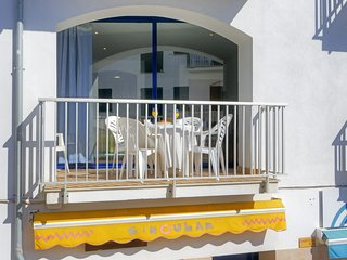 Calella de Palafrugell Apartment Sleeps 4 with Air Con - 5425112