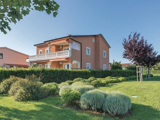 4 bedroom Apartment in Vodnjan, Istria, Croatia : ref 5564083