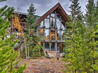 NEW! Winter Park Chalet w/ Hot Tub on Bus Route!