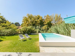 Villa Luxe Meco Beach - New!