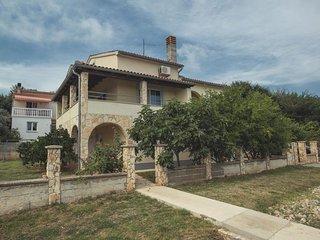 3 bedroom Apartment in Liznjan, Istria, Croatia : ref 5669000