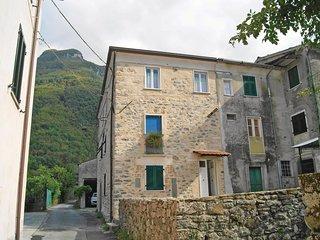 2 bedroom Apartment in Monzone, Tuscany, Italy - 5541075