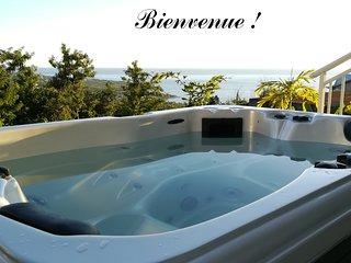 Koté Ka : très belle vue à 180° sur la mer des Caraïbes & la forêt tropicale !