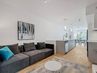 Spacious 2-bedroom in Montreal
