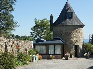 2 bedroom Villa in Roscanvel, Brittany, France : ref 5519070