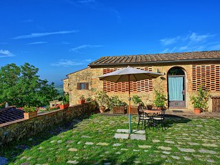 1 bedroom Apartment in San Filippo a Ponzano, Tuscany, Italy : ref 5239463