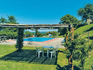 2 bedroom Villa in Piegaio, Tuscany, Italy - 5624374