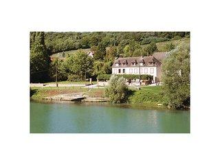 2 bedroom Villa in Jaulgonne, Hauts-de-France, France : ref 5537678