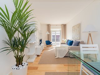 High-quality Refined 1 bedroom in downtown