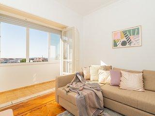 Elegant & detailed apartment of charm for 6