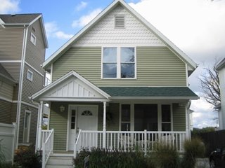 Simply South Haven!!! Steps from downtown and 3 blocks to South Beach