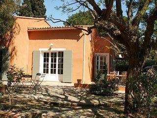 Location villa de Charme à Cabasson au Hameau de la Nicolinière