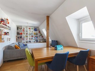 Charming and colorful flat for 4p near Opéra
