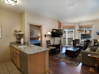 Sunstone 314 - Ski In/Out 2 Bedroom Condo