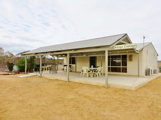 Kanga Cottage is a delightful holiday getaway peace and quiet