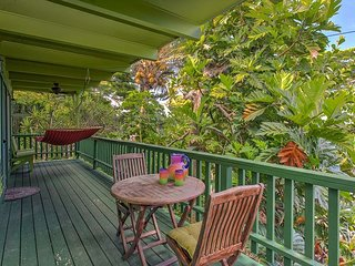 Kehena Treetop Bungalow - Minutes from the New Pohoiki Black Sand Beach!