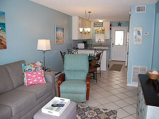 Harbor House 16: Beautiful 2br condo with a partial view of the beach.