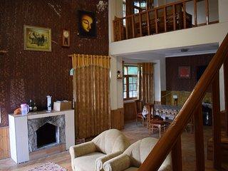 Amira Blossoms Luxury Homestay