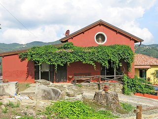 1 bedroom Apartment in Chiesalunga, Piedmont, Italy : ref 5443284