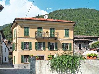 2 bedroom Apartment in Cannobio, Piedmont, Italy - 5440792