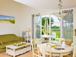 3 bedroom Apartment in LAiguillon-sur-Vie, Pays de la Loire, France : ref 544812