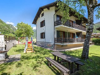 2 bedroom Apartment in Molina di Ledro, Trentino-Alto Adige, Italy : ref 5440725