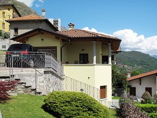 2 bedroom Villa in Corrido, Lombardy, Italy : ref 5445067