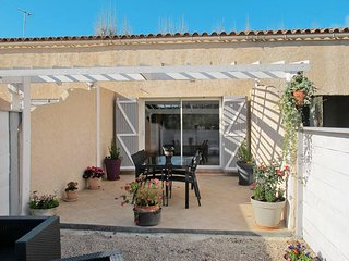 1 bedroom Villa in La Cadiere-d'Azur, Provence-Alpes-Cote d'Azur, France : ref 5