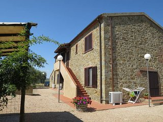 2 bedroom Villa in Montiano, Tuscany, Italy : ref 5446975
