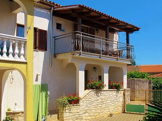 2 bedroom Villa in Svetvincenat, Istarska Zupanija, Croatia : ref 5439697