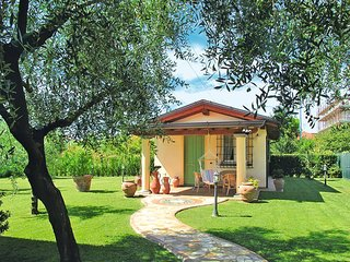 1 bedroom Villa in Massa, Tuscany, Italy : ref 5447732