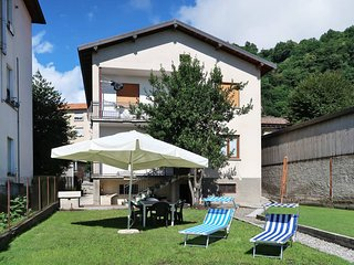 2 bedroom Apartment in Dongo, Lombardy, Italy - 5436626