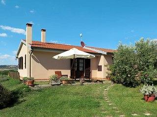 3 bedroom Villa in Bibbona, Tuscany, Italy : ref 5446339