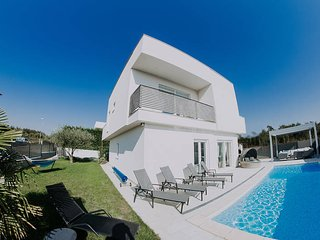 3 bedroom Villa in Brtonigla, Istarska Zupanija, Croatia : ref 5473897