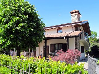 2 bedroom Apartment in Colico, Lombardy, Italy : ref 5436565