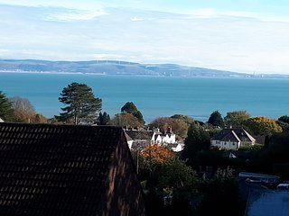 The Penthouse, Norton, Mumbles. A luxury apartment with panoramic sea views.