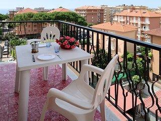 1 bedroom Apartment in San Bartolomeo al Mare, Liguria, Italy : ref 5638929