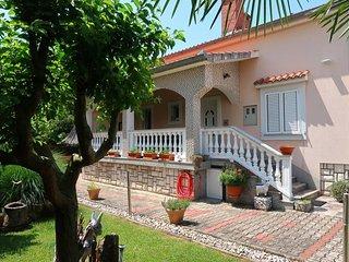 2 bedroom Apartment in Malinska, Primorsko-Goranska Zupanija, Croatia : ref 5440