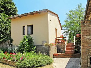 1 bedroom Apartment in Montespertoli, Tuscany, Italy : ref 5446802