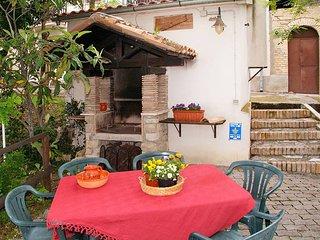 3 bedroom Villa in Aia di Rocco, Abruzzo, Italy : ref 5444948