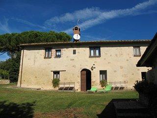 2 bedroom Villa in Razzaia, Tuscany, Italy - 5504263
