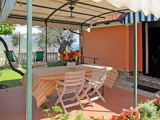 2 bedroom Villa in Gorleri, Liguria, Italy - 5443943