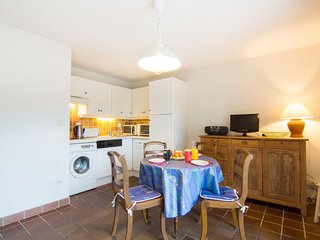2 bedroom Apartment in Carnac, Brittany, France : ref 5398846