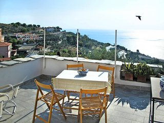 1 bedroom Villa in Cipressa, Liguria, Italy : ref 5444212