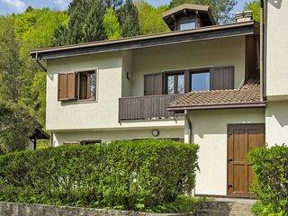 2 bedroom Apartment in Molina di Ledro, Trentino-Alto Adige, Italy : ref 5440744