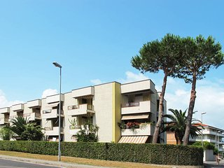 2 bedroom Apartment in Viareggio, Tuscany, Italy : ref 5447778